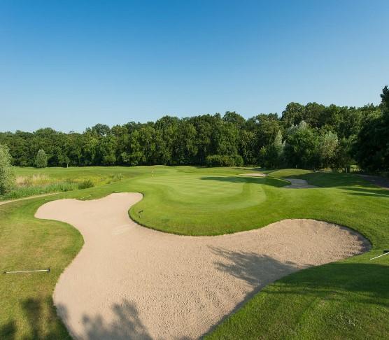 Dreihof Essingen Golf (골프장)