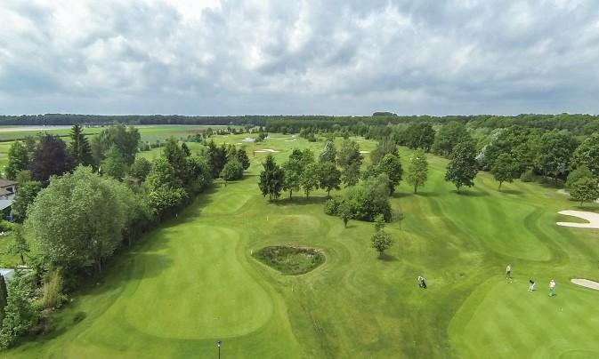 Golfpark Bachgrund(골프장)