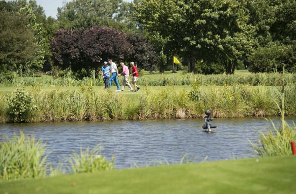 Bad Vilbeler Golfclub Lindenhof(골프장)